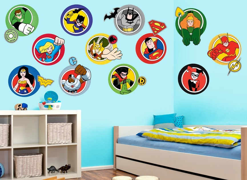 DC Super Friends Character Wall Decal Set