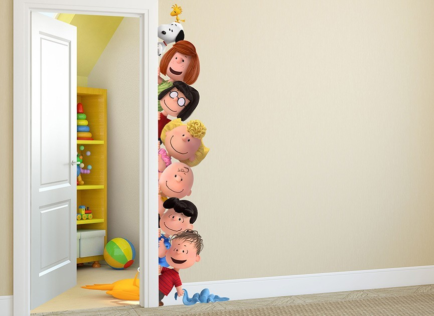 Peanuts Gang Peek-A-Boo Wall Decal